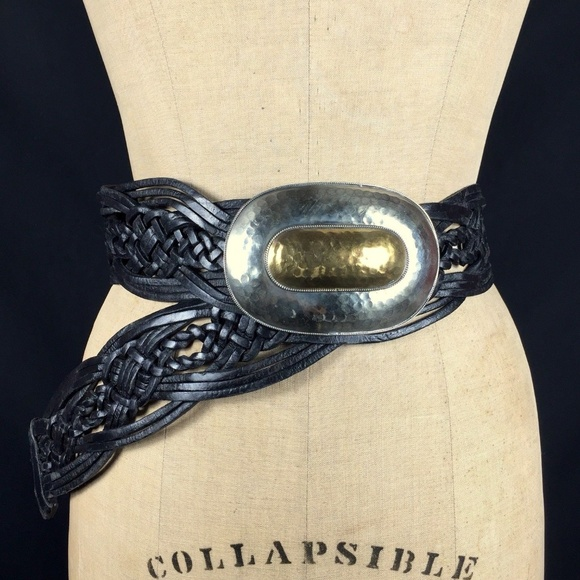 90s Braided Western Belt Pounded Concho Buckle